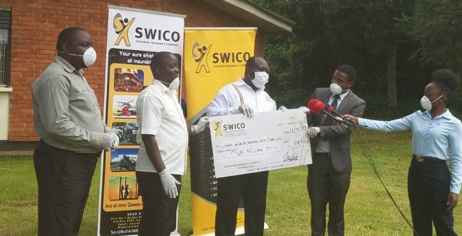 swico-donates-to-the-uganda-wildlife-2